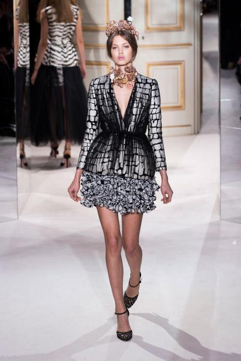 giambattista-valli-haute-couture-spring-2013-pfw15