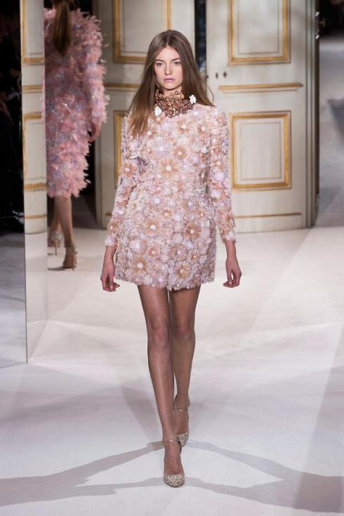 giambattista-valli-haute-couture-spring-2013-pfw34