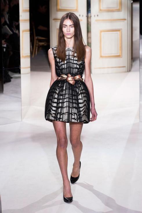 giambattista-valli-haute-couture-spring-2013-pfw4
