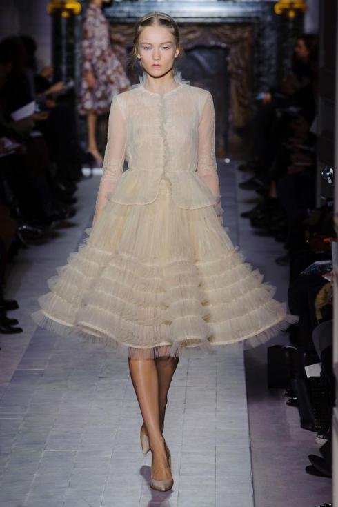 valentino-haute-couture-spring-2013-pfw19