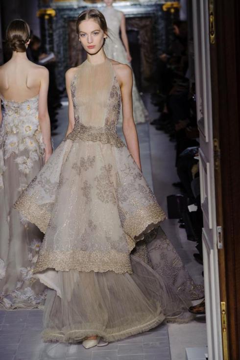 valentino-haute-couture-spring-2013-pfw46