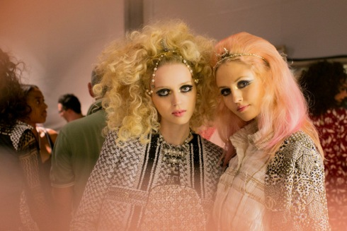 chanel-resort-2015-backstage-vogue.com-006