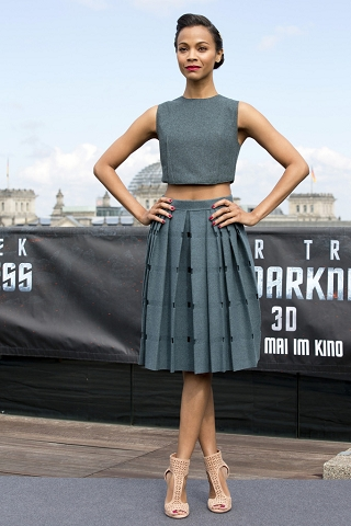 Zoe-Saldana-in-A-Grey-Calvin-Klein-Ensemble-At-Berlin-Photocall-Of-Star-Trek-Into-Darkness