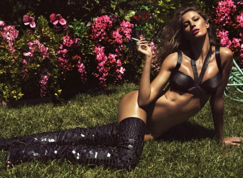 gisele-bundchen-by-mert-alas-marcur-piggott-for-lui-magazine-june-2014