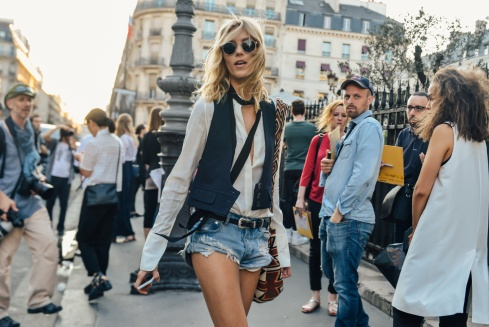 10-fall-2015-couture-street-style-01-1